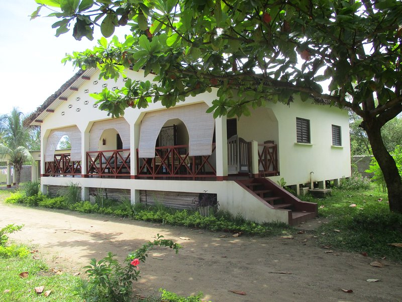 Résidence CHEZ MARNA, holiday rental in Andilana