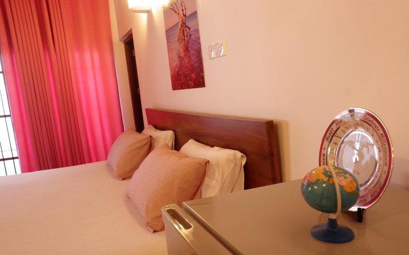 ROXY Beach 2-Bedroom Villa, casa vacanza a Ettukala