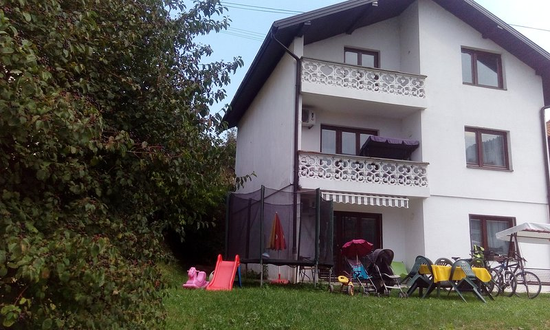 Apt.with Balcony+Garden-The best view&TOP location, holiday rental in Ilijas