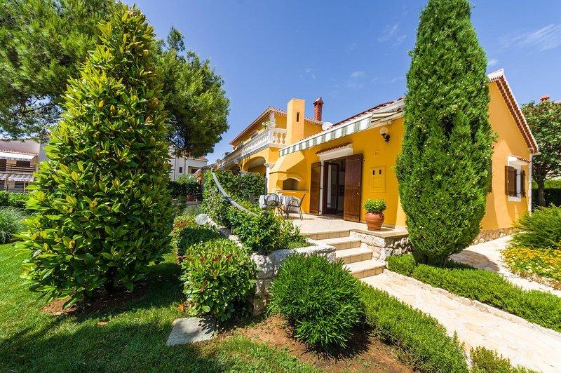 One bedroom apartment Zadar - Diklo, Zadar (A-5809-a), vacation rental in Diklo