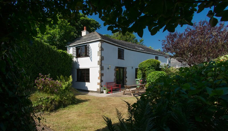 Corner Cottage, holiday rental in St Ives