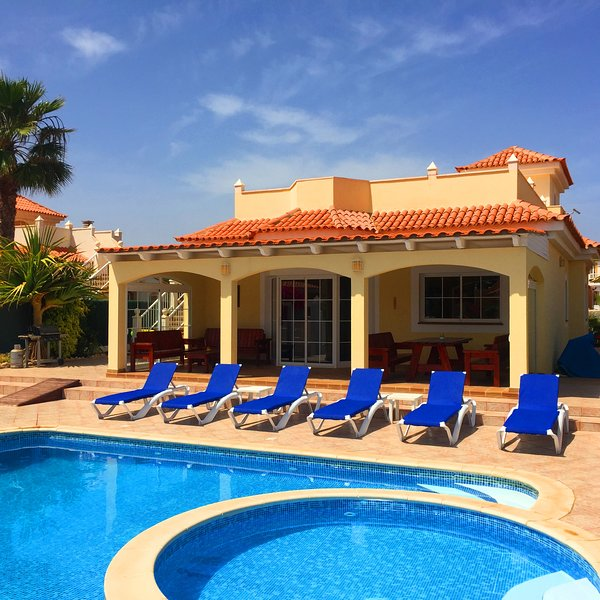Villa Amarillo, holiday rental in Caleta de Fuste