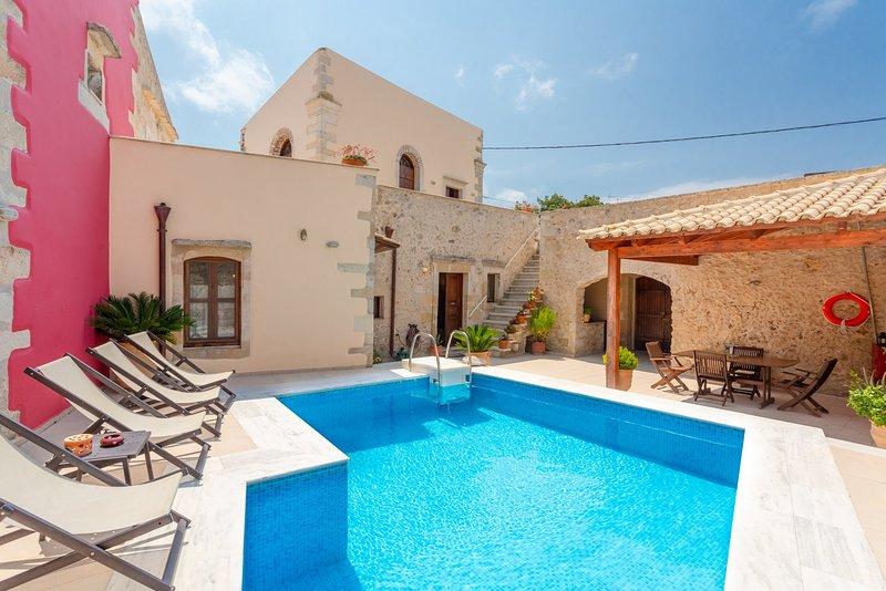 Archontiko Galliaki: Private Pool, A/C, WiFi, location de vacances à Velonades