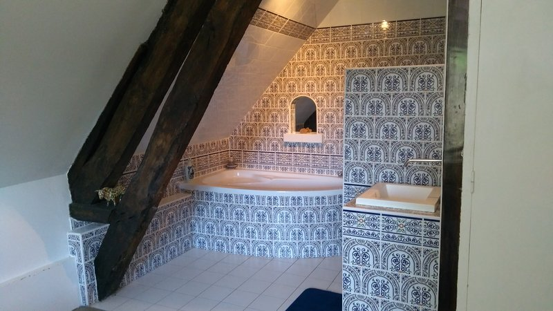 Chambre suite Romantique, holiday rental in Septeuil