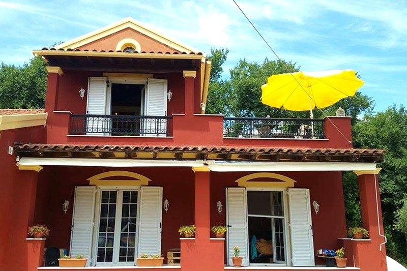 Beautiful apartment with garden, holiday rental in Kontokali