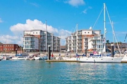 38 Marinus Apartment Cowes - Marina With Great Views, vakantiewoning in Cowes