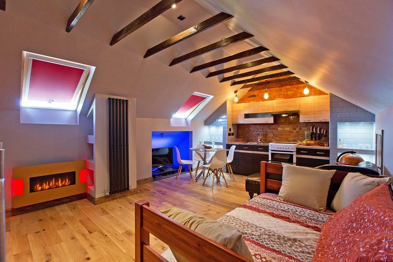 theLoft - Brand new, designer loft ... An oasis of refine, location de vacances à Biggin Hill