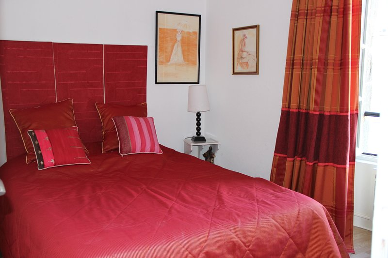 Amazing apartment in Vannes & Wifi, holiday rental in Saint-Ave