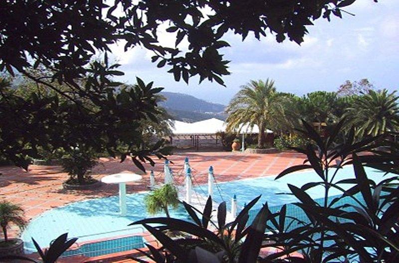 Appartamento Ercole D, vacation rental in Arola-Preazzano