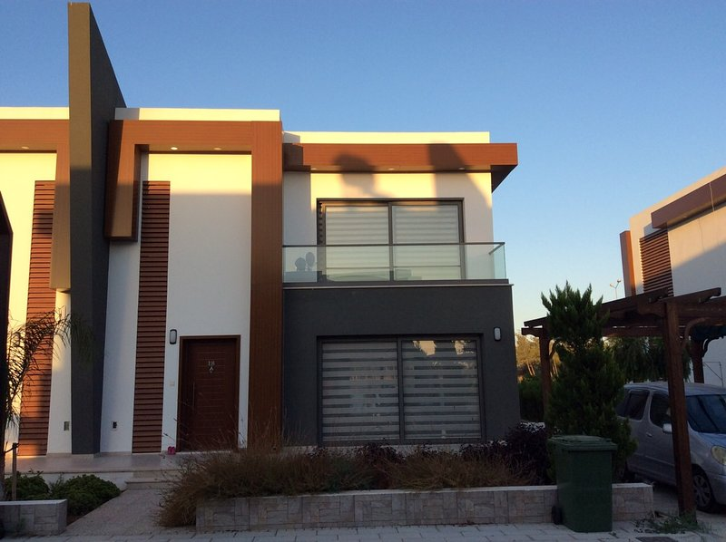 Brand new villa in exclusive complex., holiday rental in Famagusta