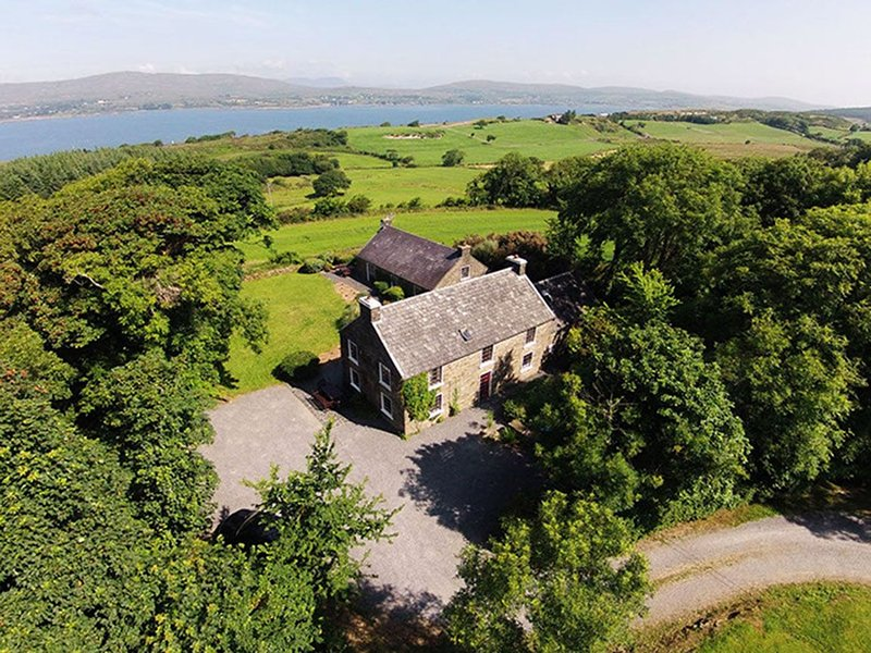 Carbery House 2, Durrus, Co. Cork - Three Bedroom Sleeps 6, alquiler de vacaciones en Crookhaven