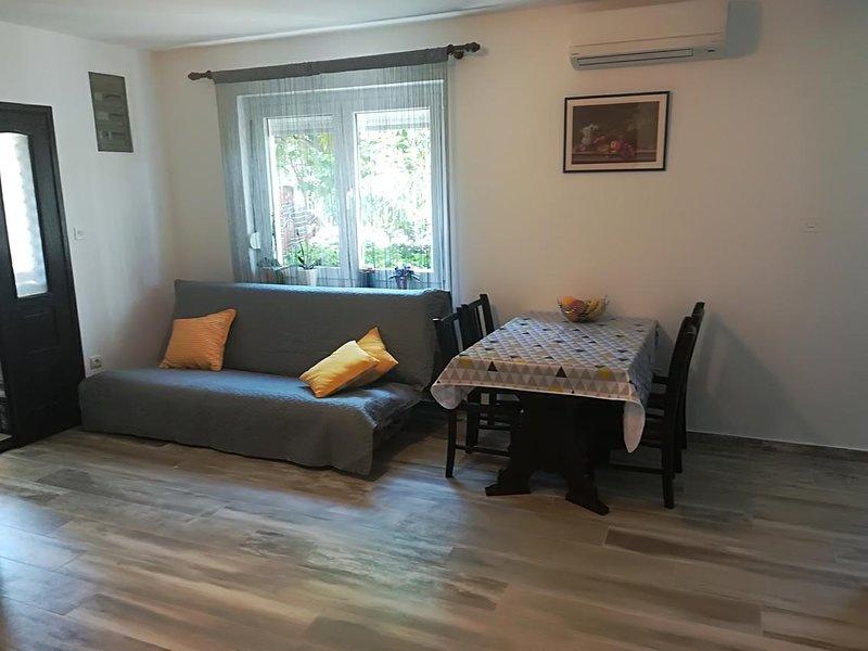Salon, Surface: 12 m²