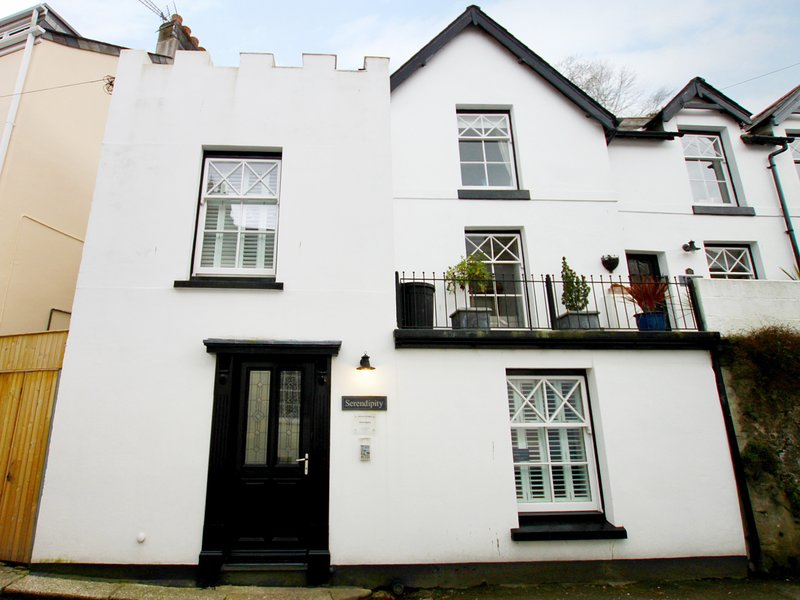 SERENDIPITY, open-plan, perfect all season, in Fowey, 984523, holiday rental in Golant