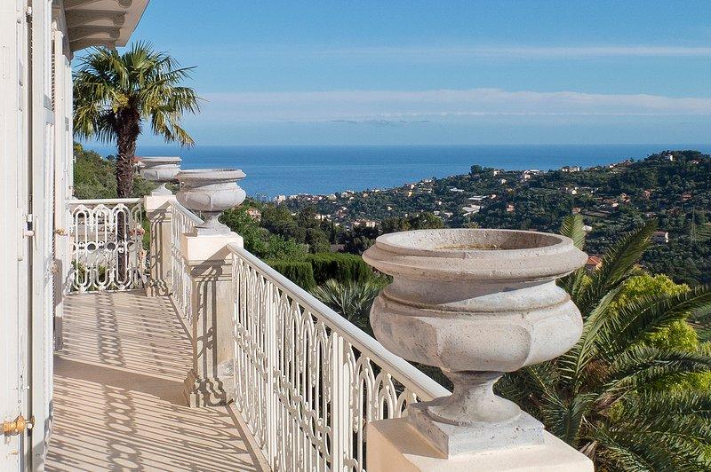 Balcón de Ginestra / Mare