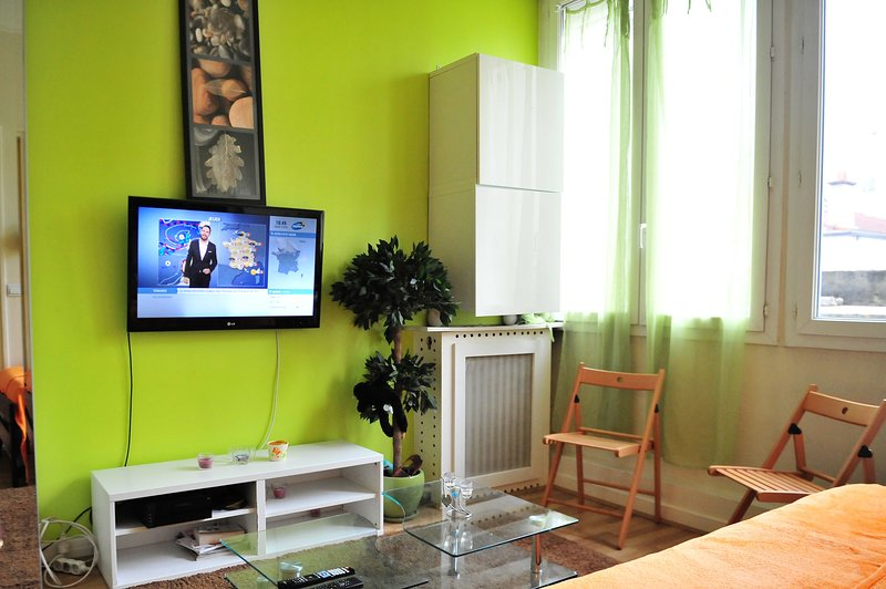 Appartement confortable et bien situe, proche des commodites ,du metro et du bus, location de vacances à Chevilly Larue