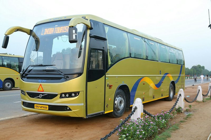 Naksh Travels, Transportation ,we are provided tour packages & mini coach,buses, Ferienwohnung in Neu-Delhi