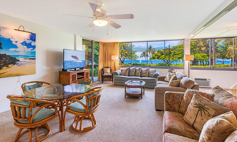 HALEAKALA SHORES, #A-102 - Ocean View Living Room