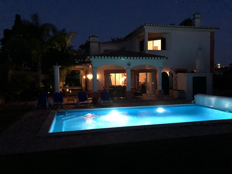 Beautiful 5 bed villa with heated private pool and hot tub