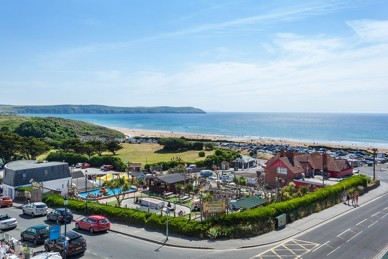 Byron Eleven Apartments, Ferienwohnung in Woolacombe