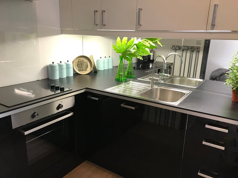 All in Easy Reach 1, holiday rental in Portsmouth