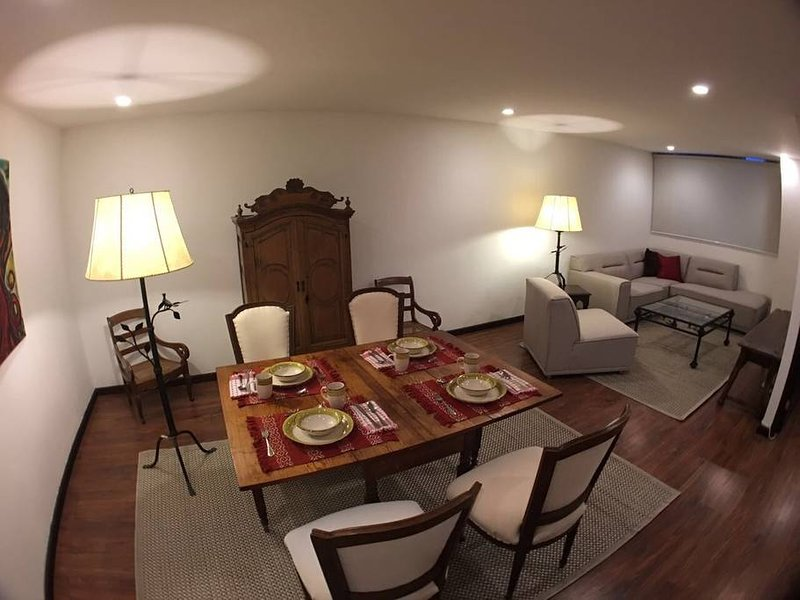 Versailles 103, holiday rental in Mixco