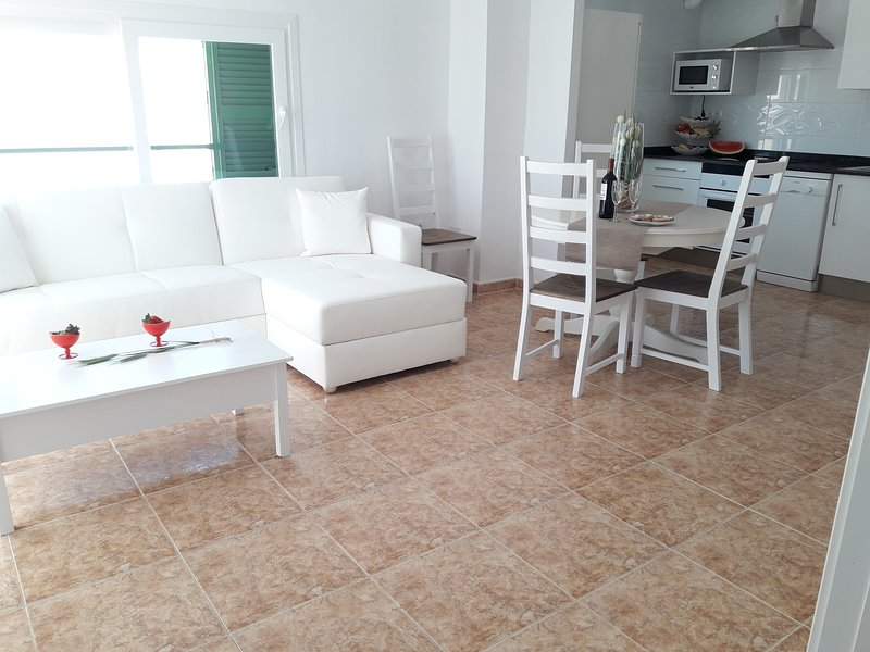 WONDERFUL  APARTMENT 100 METERS FROM THE BEACH, holiday rental in Ca'n Picafort