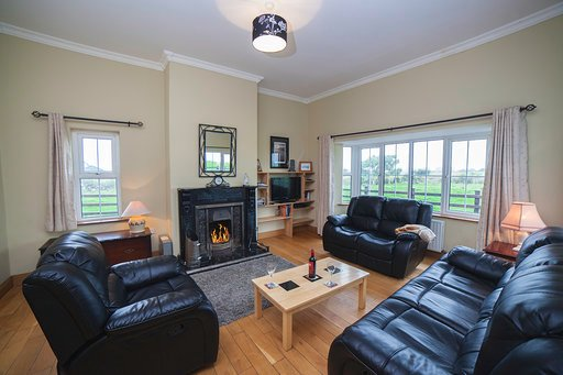 Beach House Aughris -On the Wild Atlantic Way., holiday rental in Collooney