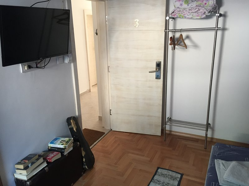 Soba br 3 UPDATED 2019: 1 Bedroom Apartment in Kotor with