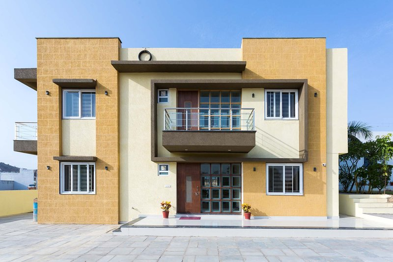 Holiday Home, holiday rental in Bhujra