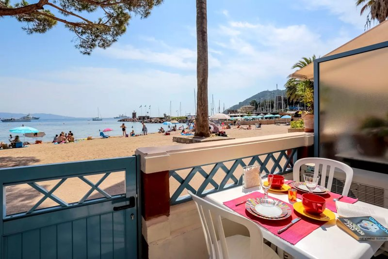 Beautiful apartment with sea view, casa vacanza a Théoule sur Mer