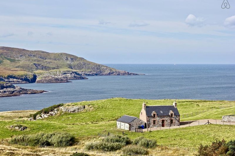 Croft House, Armadale Bay, North Coast 500, holiday rental in Talmine