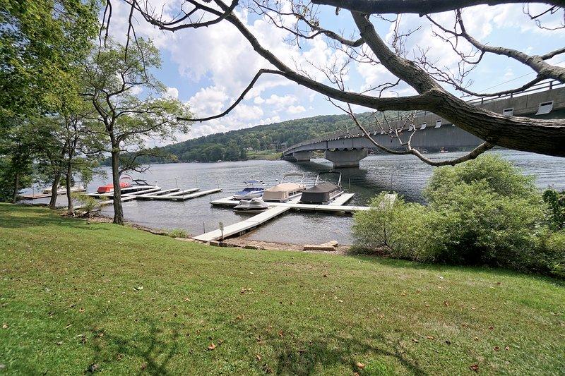 Lake Access area. No dock slip provided.