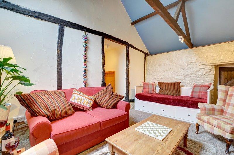 Ysgubor Helyg: Quirky Cottage in Beautiful Mid Wales Countryside - WAB262, casa vacanza a Pontdolgoch