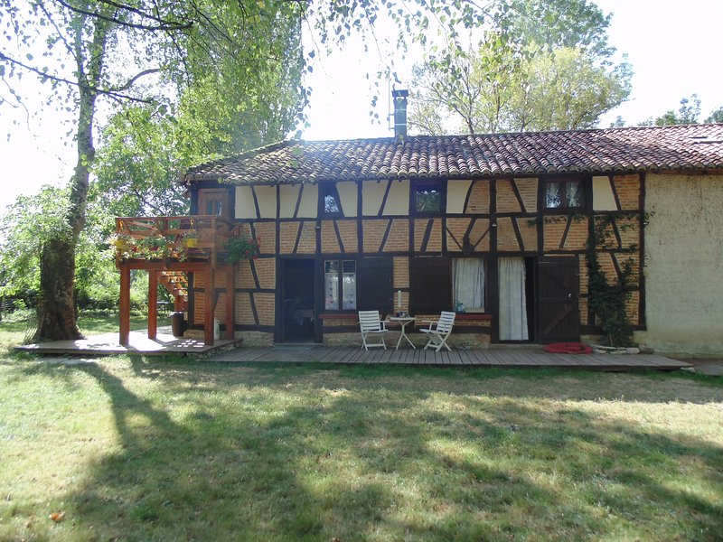 creation gite la chapelle thècle, vacation rental in Romenay
