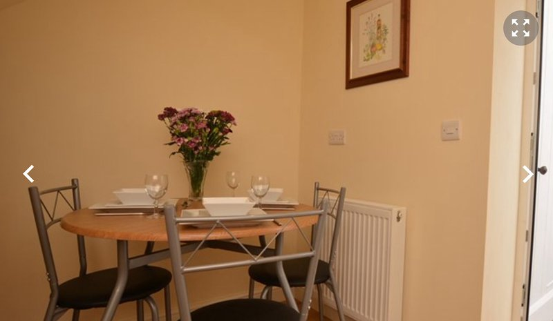 Offa's Dyke Cottage, holiday rental in Dulas