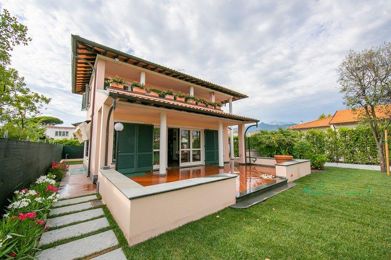 La villa e il suo giardino