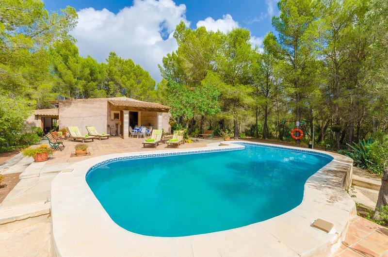 CASA MAS - Villa for 4 people in FELANITX, vacation rental in Felanitx