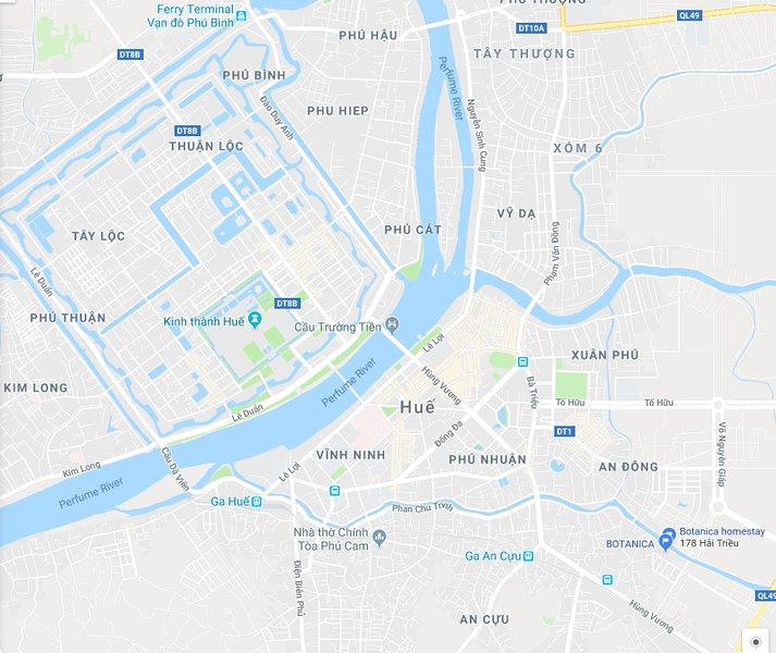 Lugar conveniente para explorar muchos lugares famosos en la ciudad de Hue