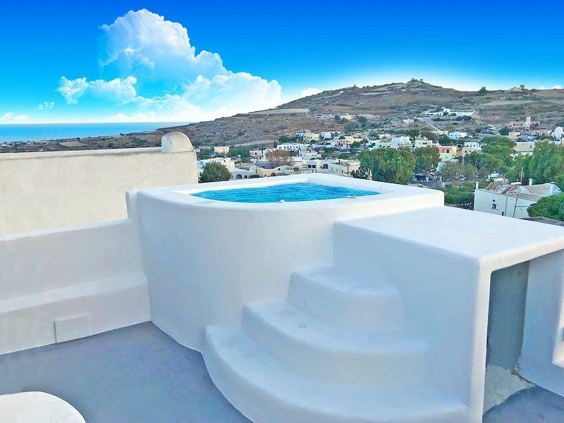 the luna suites, holiday rental in Agios Georgios