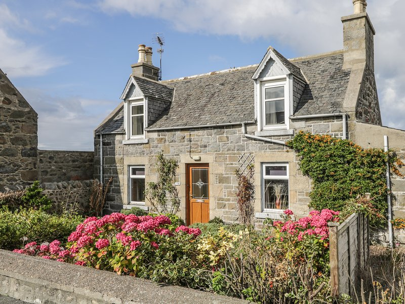 19 REIDHAVEN STREET, WiFi, electric stove, Whitehills, location de vacances à Portsoy