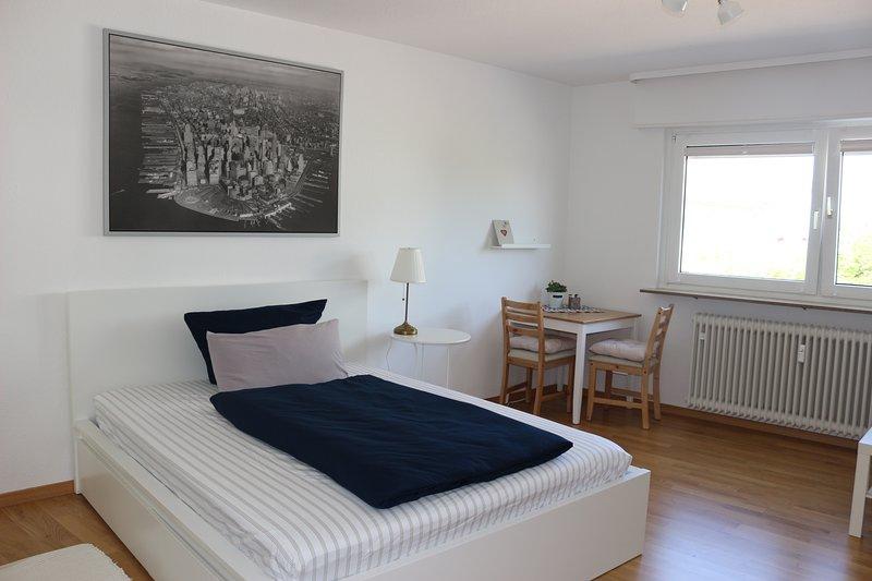 Top AKTUALISIERT: 2019 - City room N02 Zimmer in Wohnung - SAP CX73