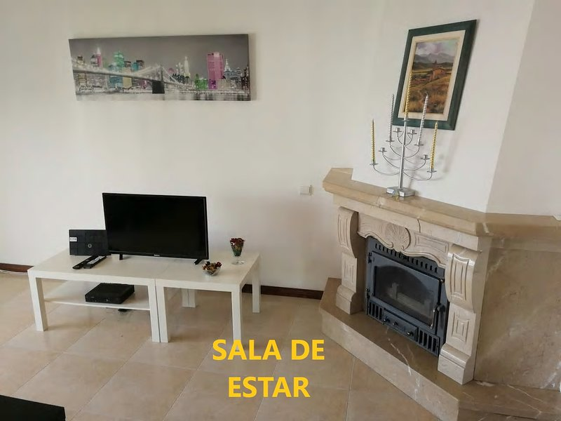 Lisbon Odivelas Apartment, holiday rental in Odivelas