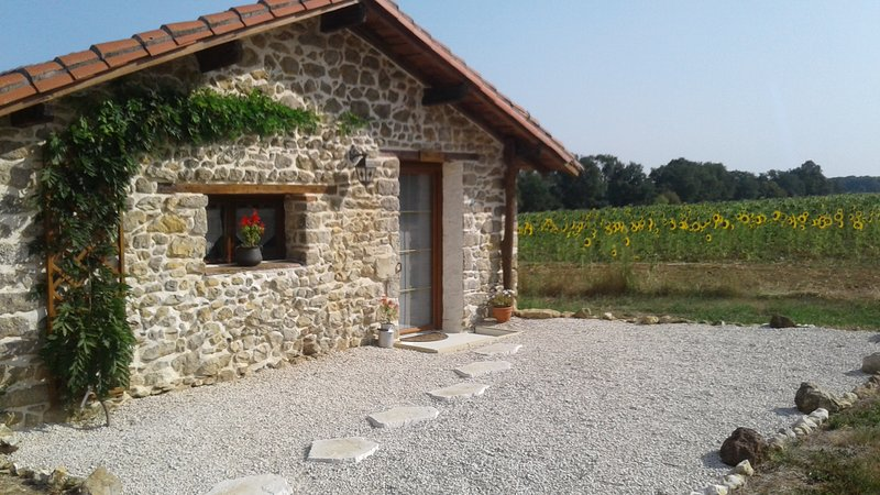 Luxury Gite for couples, holiday rental in Pleuville