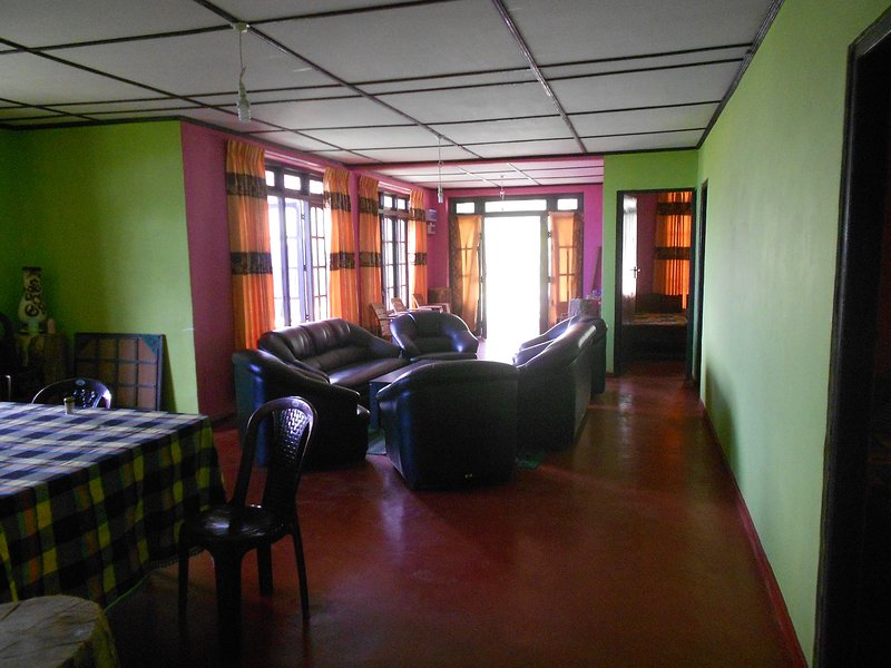 Misty Mountain Lodge Ohiya Room 4, holiday rental in Ohiya