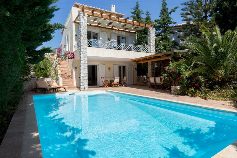 Villa in Porto Heli, holiday rental in Kosta