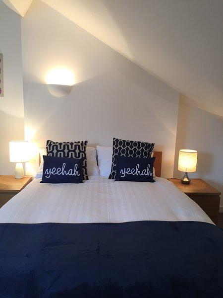 Hicks House - great value sleeps 12, location de vacances à Aintree