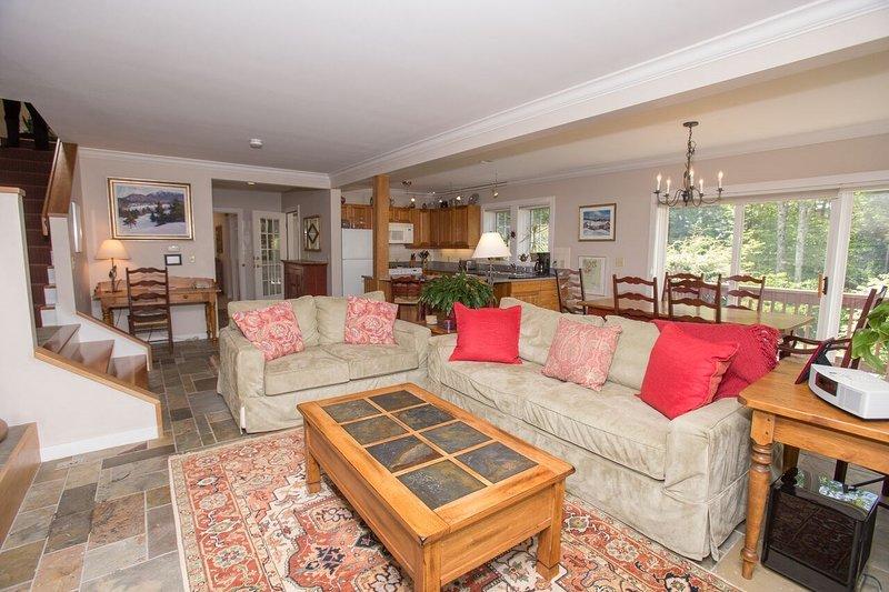 Bienvenue dans notre maison moderne et élégante de 3 chambres!