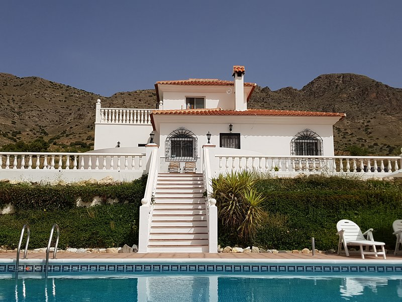 """Villa """"Erase una vez"""" with private pool in the heart of a protected site"""