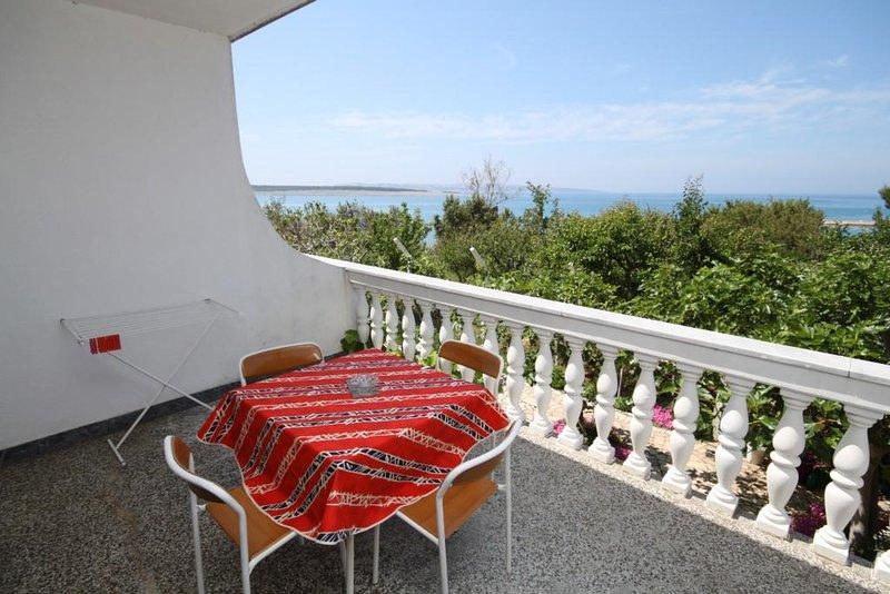 Povljana Apartment Sleeps 4 with Air Con - 5466049, holiday rental in Povljana