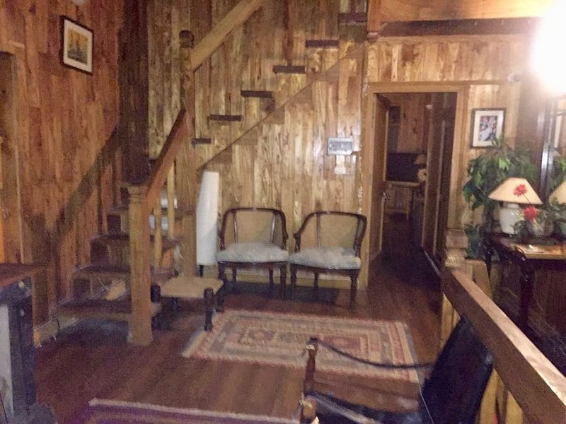 Wood's Dale Standard Room, holiday rental in Dunga Gali